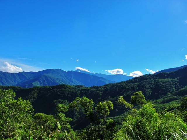 Wild mountain scenery at Dahanshan, which lies at the far southern edge of the central mountain chain in Pingtung County.
